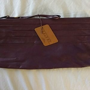 Vintage Anonia leather clutch